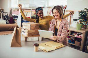 El Comercio del Mes es una campaña de marketing de Bizum en Redes Sociales para dar a conocer negocios online que tienen a Bizum como medio de pago